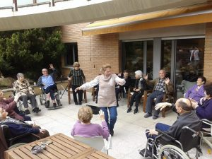 Actividades estimulativas en octubre en la residencia Vora Balís